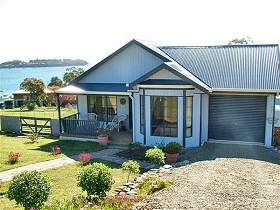 Bruny Island Accommodation Services - Omaroo Cottage