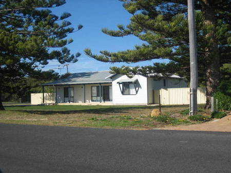 Busselton Beachfront - Accommodation Melbourne
