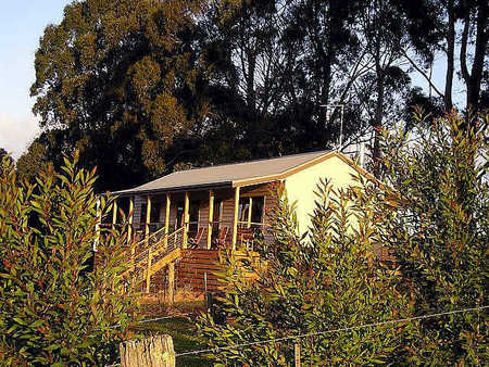 Birchwood Retreat Country Cottages - Accommodation Melbourne
