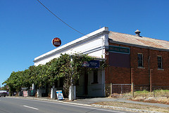 Red Hill Hotel - Accommodation Melbourne